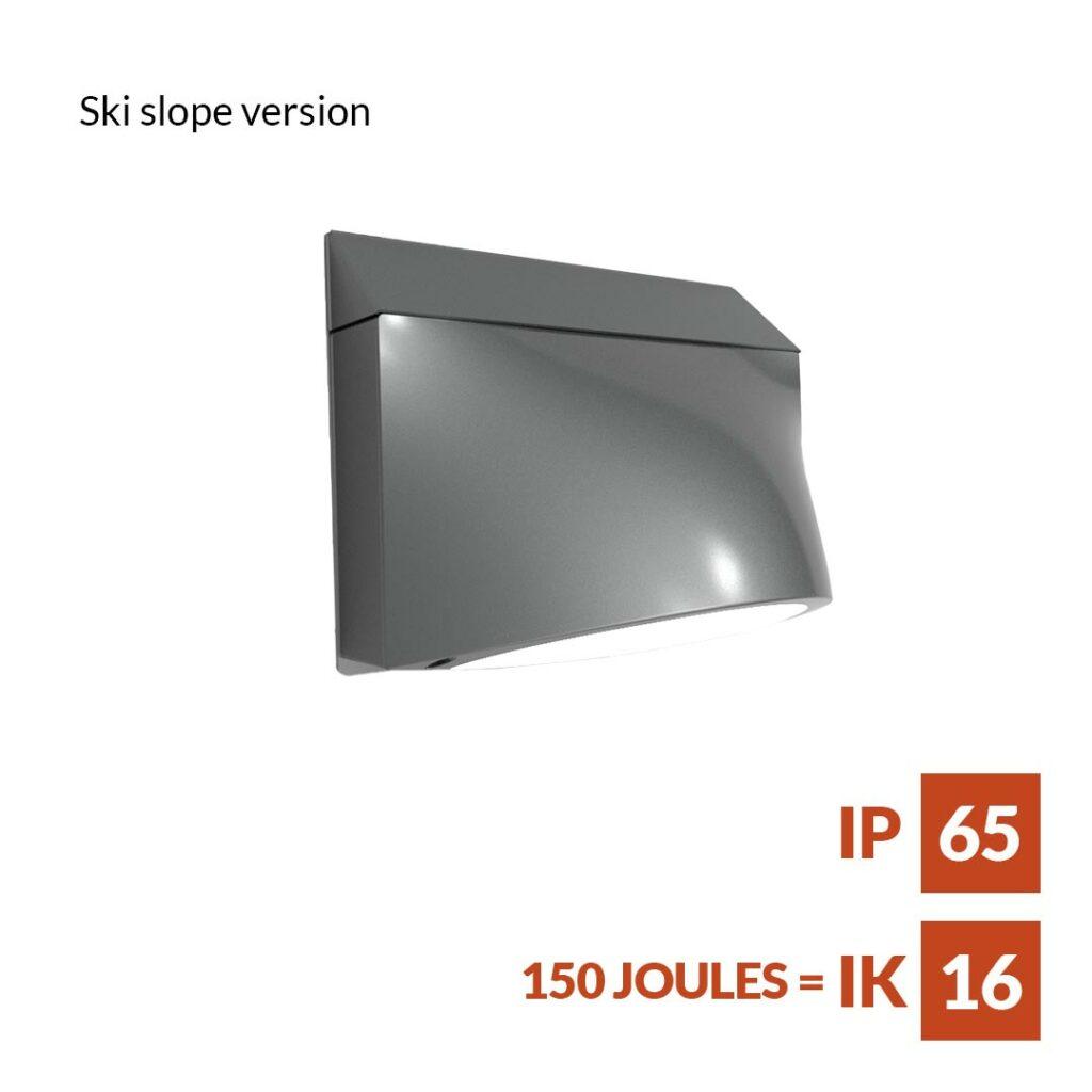 Zelos_wall_Elegant-and-versatile-bulkhead-for-wall-ski_slope